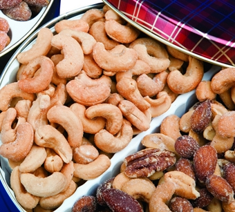 Mixed Nuts & Cashews